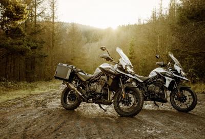 Desert e Alpine, due nuove versioni della Triumph Tiger 1200
