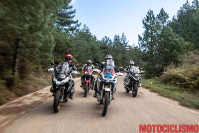 BMW R 1250 GS (base e Adventure) vs Honda Africa Twin 1100 (base e Adv. Sports)