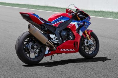 Honda CBR1000RR-R 2020: scaldiamo il motore della Fireblade