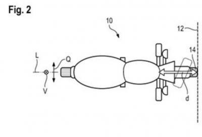 BMW brevetta un dispositivo per aumentare la sicurezza del pilota