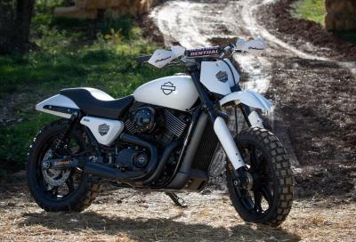 Un'Harley-Davidson Street 750 da… hill climb!