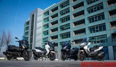 Scooter 400: BMW vs Suzuki vs Sym vs Yamaha