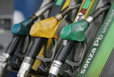 Italia in difficoltà, scioperano i benzinai