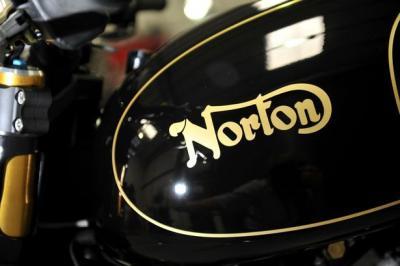 Gli indiani di TVS interessati all'acquisto di Norton