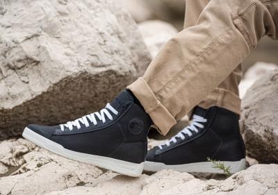 Stylmartin Grid, le sneakers per la bella stagione