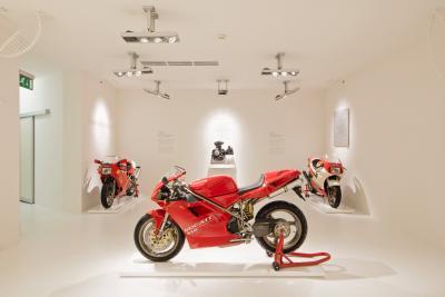 Ducati riapre il Museo e propone nuove esperienze in moto o e-bike