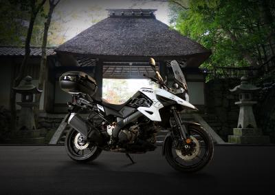La nuova Suzuki V-Strom 1050 Machi