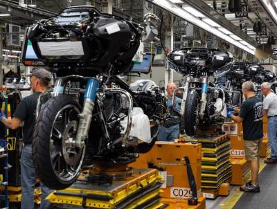 Harley-Davidson licenzia 700 dipendenti