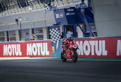 Doppietta Ducati in Gara 2. Rea arranca, Melandri in top 10