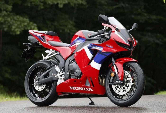 Honda CBR600RR 2021, nuove foto in attesa della presentazione ufficiale
