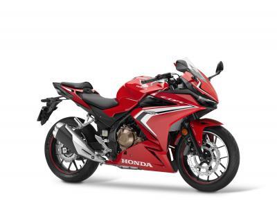 Per il 2021 Honda aggiorna la CBR500R