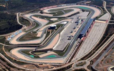 MotoGP: test a Portimão con moto di serie. In pista Lorenzo e Pedrosa
