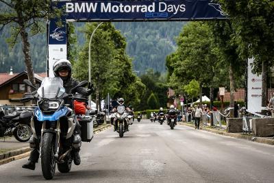 Bye bye Garmisch! I BMW Motorrad Days si trasferiscono