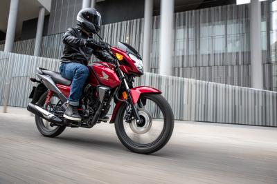 Nuova Honda CB125F: più leggera e più potente