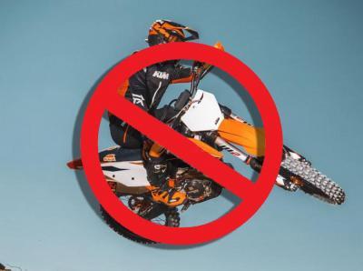 La California mette al bando le moto da cross non elettriche