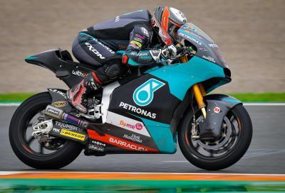 Moto2, Valencia: la pole a Xavi Vierge