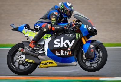 Moto2, Valencia: Bezzecchi vince, Lowes out, Bastianini nuovo leader