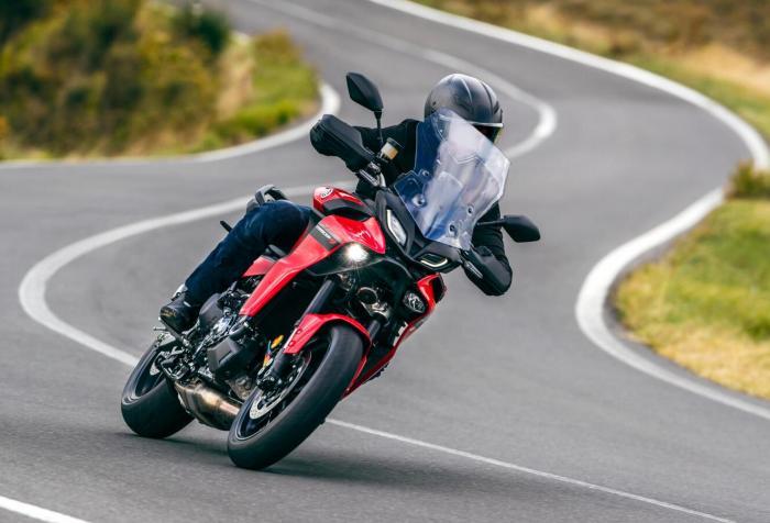 Nuova Yamaha Tracer 9, più ricca e più potente