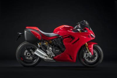 Il prezzo (e gli accessori) della nuova Ducati SuperSport 950, anche in versione S