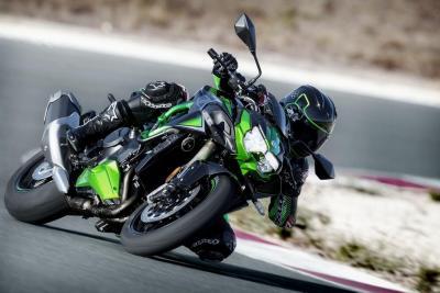 Kawasaki Z H2 SE: sospensioni elettroniche e nuovi colori