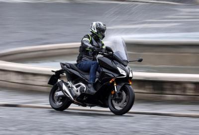 Honda Forza 750 2021: come va, pregi e difetti