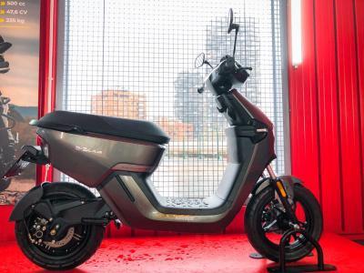 Rivoluzione green: Motociclismo presenta Keeway E-Zi Plus