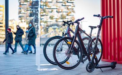 Mobilità urbana secondo BMW: scooter, e-bike e monopattino elettrico