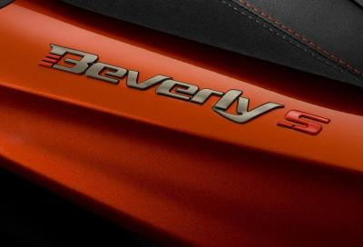 In anteprima mondiale dal vivo, il nuovo Piaggio Beverly 400 hpe S