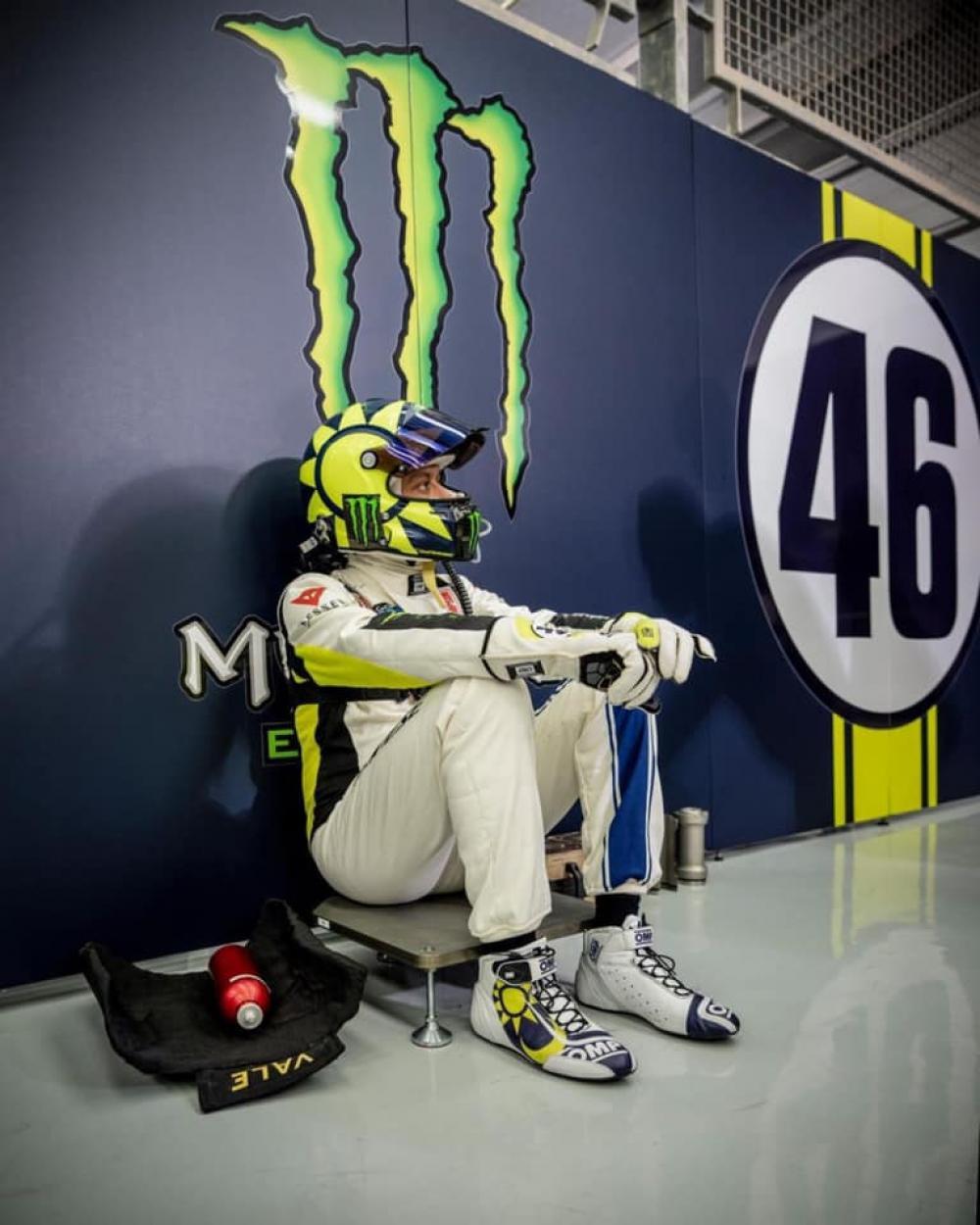 Valentino Rossi quarto alla 12 Ore del Golfo: team italiano sul podio