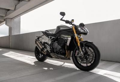 +30 CV, -10 kg: Triumph presenta la nuova Speed Triple 1200 RS