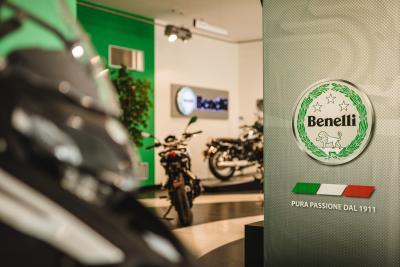 Benelli apre un nuovo showroom a Pesaro