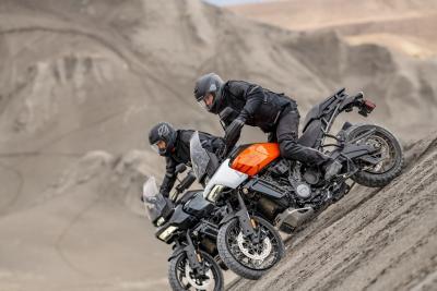 Harley-Davidson Pan America 1250: due video per conoscerla a fondo