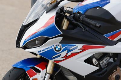 BMW S 1000 RR, richiamo per un problema al motore