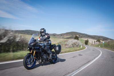 Yamaha Tracer 9 2021: come va, pregi e difetti