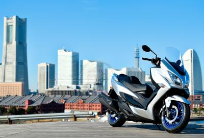 Suzuki presenta il Burgman 400 2022