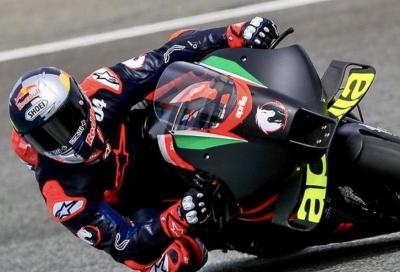 Le prime foto di Dovizioso in sella all'Aprilia MotoGP