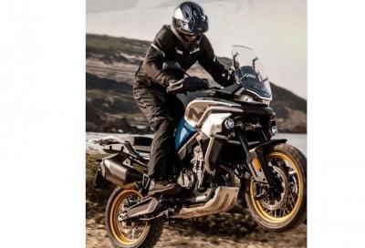 Svelata la CF Moto 800 MT, l'adventure low cost cinese con motore KTM
