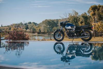 Triumph Bonneville T100 2021: come va, pregi e difetti