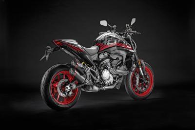 Nuova Ducati Monster: accessori e kit per personalizzare la moto