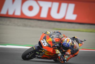 Moto2 2021, Assen: ancora KTM Ajo al top, vince R. Fernandez