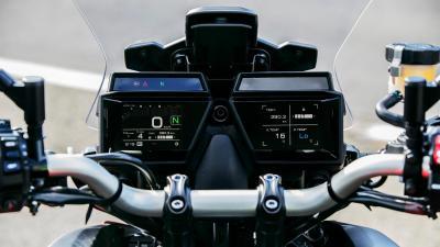 I segreti dell'elettronica della nuova Yamaha Tracer 9