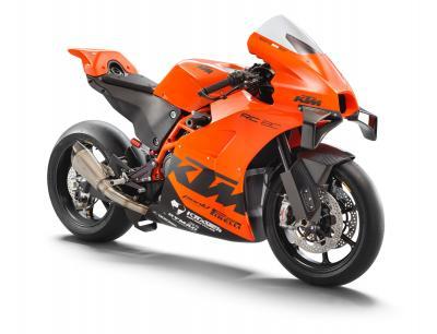 Nuova KTM RC 8C: ready to race in soli 100 esemplari
