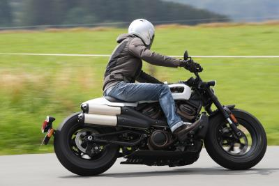 Harley-Davidson Sportster S 2021: come va, pregi e difetti