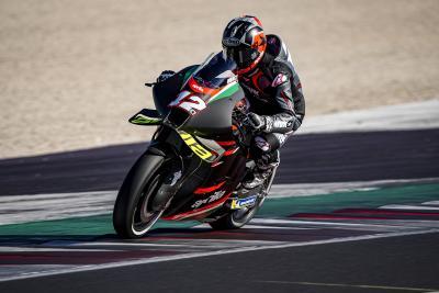 Le prime foto di Viñales sull'Aprilia RS-GP