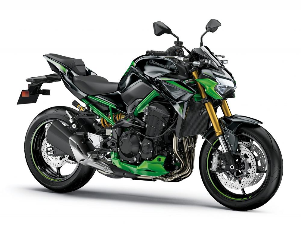 The Kawasaki Z900 flexes its muscles, here is the new SE 2022 version