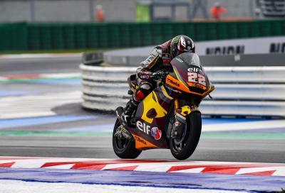 Moto2, Misano: Sam Lowes conquista la sesta pole stagionale