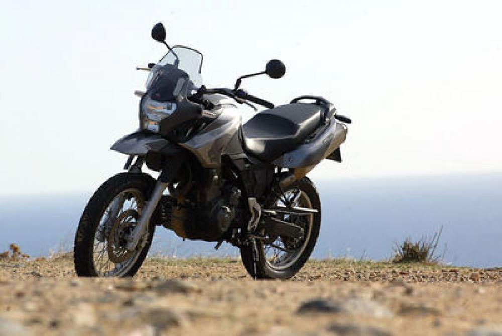 Aprilia Pegaso 650 Trail Vs Bmw F 650 Gs Motociclismo