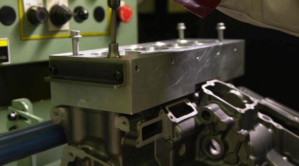 Kawasaki Ninja H2R: realizzazione del blocco cilindri