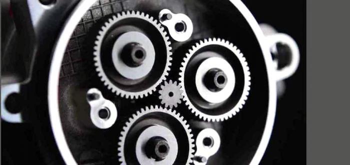 Elaborazione 3D che mostra il disegno del motore della Kawasaki Ninja H2/H2R. Qui la camera di combustione disegnata per prevenire i fenomeni di detonazione
