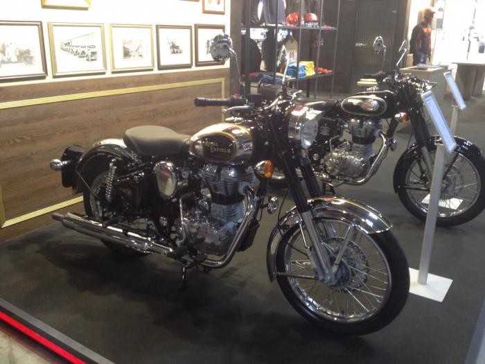 Royal Enfield Classic 500 Chrome, prezzo 6.240 euro c.i.m.
